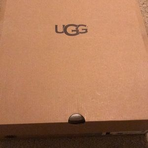 Size 10 uggs